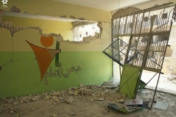 استهداف أحد أكبر مدارس ادلب بالطائرات الحربية