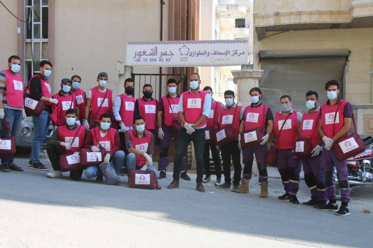 متطوعون مشاركون بحملة بدا وعي