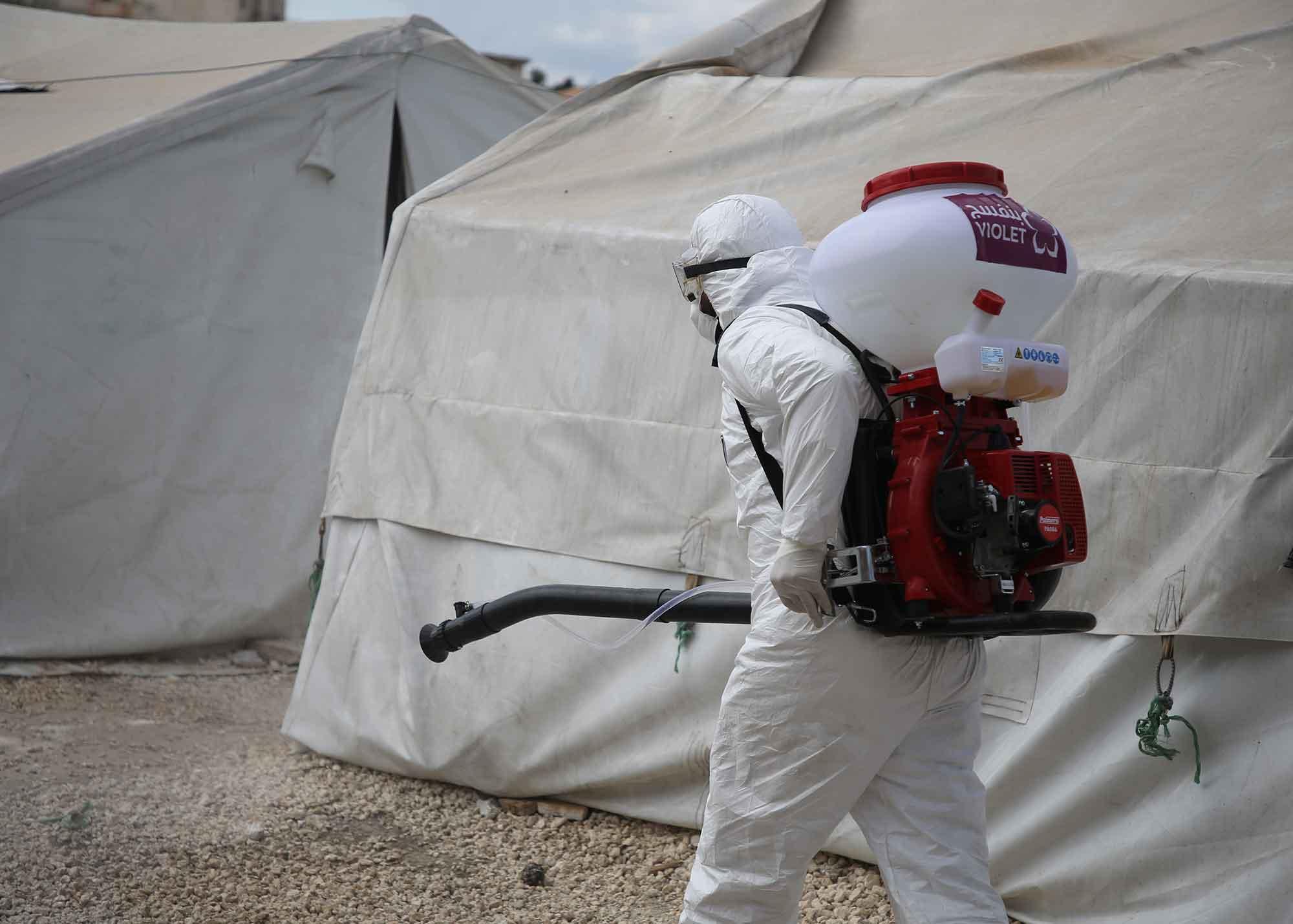 تأثير جائحة كورونا على مخيمات النزوح شمال سوريا